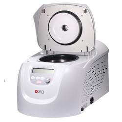 24-местная высокоскоростная микроцентрифуга D3024 DLAB