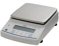 Лабораторные весы ViBRA AB 1202RCE