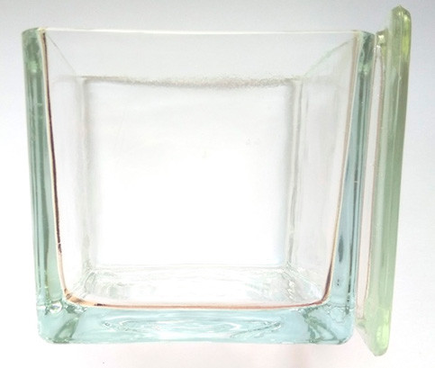 Емкость стекл. 75х65х85 мм (под штатив-рамку на 30 стекол)