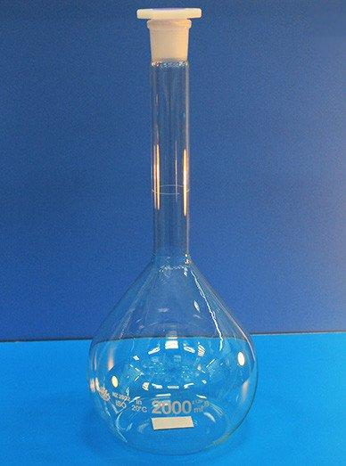 Колба мерная, 2000 мл, с пластмассовой пробкой